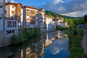 Río Baztán - Elizondo - Flores en Red - Floristería Vitoria