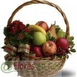 Cesta Frutas Variadas y Acebo