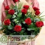 Ramo de 12 Rosos Rojas Vitoria