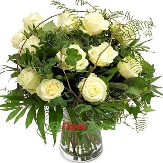 Ramo 12 Rosas Blancas Regalo