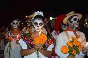 Flores Día de Todos los Santos, Centros Funerarios Flores, Flores de Condolencia, RAmo de Condolencias, Flores de Condolencias, Coronas para funerales
