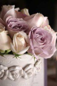 flores para cumpleaños, enviar ramo de flores, rosas, rosas blancas, flores nacimiento, floristeria vitoria, floristeria cerca de mi