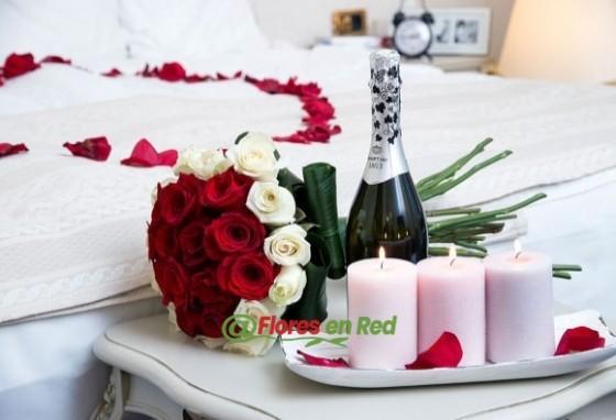 Pack Aniversario Rosas y Velas