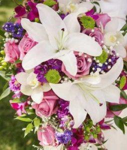Flores, Floristerías Vitoria, Enviar Rosas Enamorados Vitoria, Flores para aniversario, flores para enamorados, flores aniversario, Flores para cumpleaños, Ramos de Flores para cumpleaños